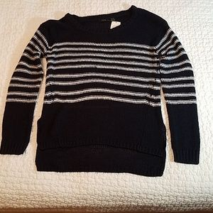 RDI Navy high low sweater with white stripes